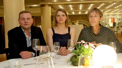 """Devid Striesow, Jördis Triebel und Andreas Schmidt in """"Ein guter Sommer"""""""