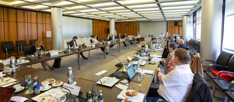 Präsenzsitzungen des Verwaltungsrats zu Zeiten von Corona