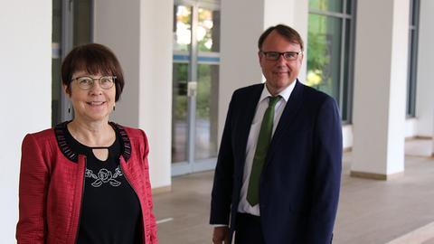 Die Jugendschutzbeauftragten des hr: Hedda Coulon und Frank Freiberger